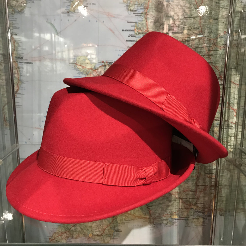 Trilby Hat Red - M