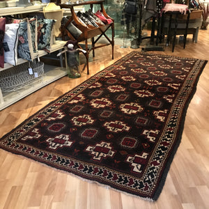 Rug - Long Black Ground Carpet