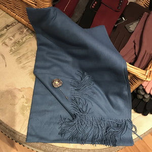 Cashmere Pashmina With Flower Pin