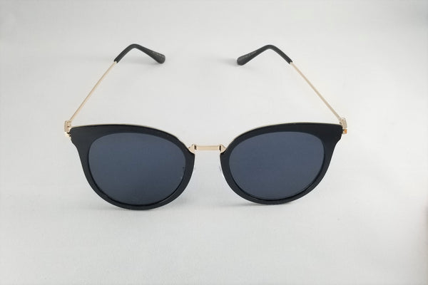 Mirrored Cateye Sunnies - Black/Silver