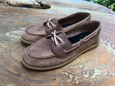Gimoni Boat Shoes Cafe Claro.