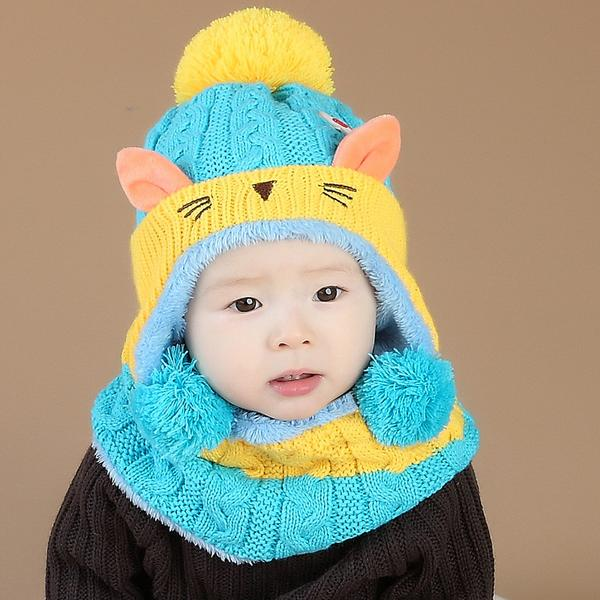 cool knitted hat and scarf set