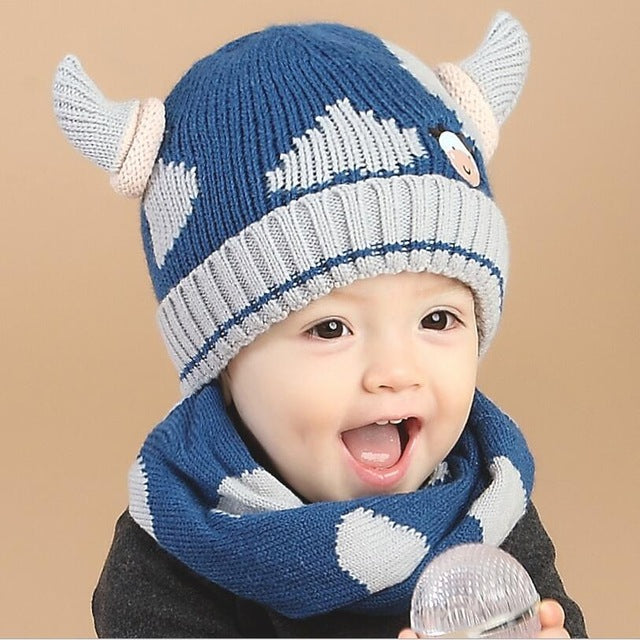 Cool Knitted Horn Hat and Scarf Set - 5 Variants
