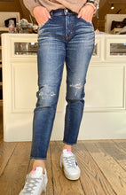 Load image into Gallery viewer, Moussy Blue Lancaster Repaired Jean