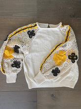 Load image into Gallery viewer, Stella Pardo Floral Crochet Sleeve Top