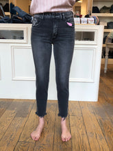 Load image into Gallery viewer, Moussy Westcliffe Skinny Hi Rise