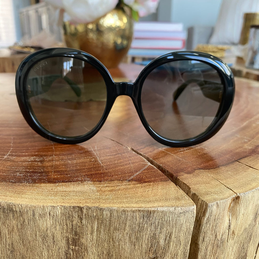 Gucci Round Logo Stripe Arm Sunglasses