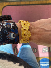 Load image into Gallery viewer, Gabrielle Gold Vine Cuff