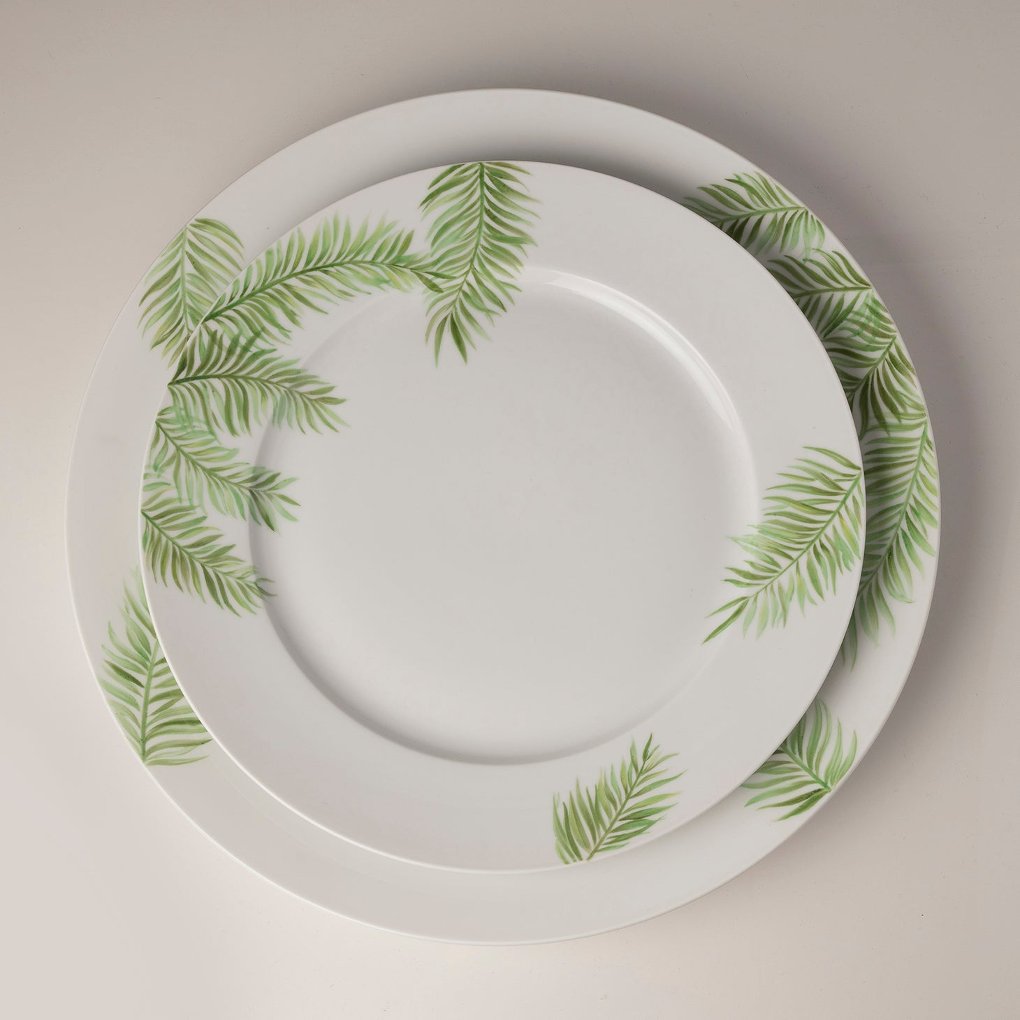 Palm Beach Two Dinner Plate Accessories Nymphenburg Designer Furniture Sku: 542-100-10284