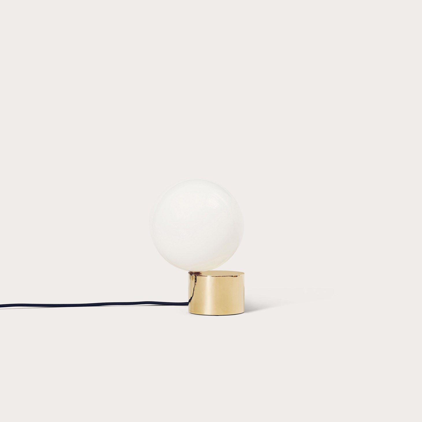 Tip of the Tongue Lighting Michael Anastassiades Designer Furniture Sku: 717-160-10000