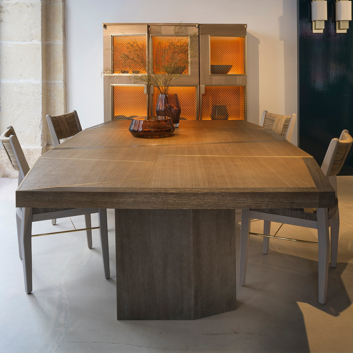 DINANT Dining Table