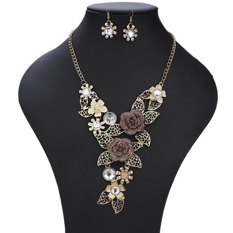 Vintage Pendant Jewelry Flower Necklace