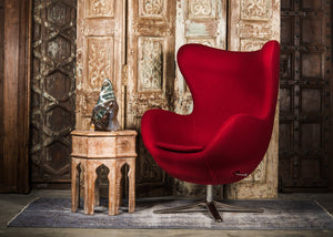 SHE-066 Egg Chair in Red Wool SHO-30