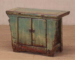 Antique Chinese small lacquered cabinet 3