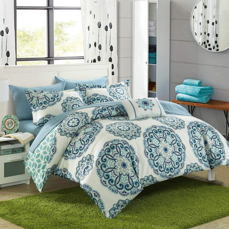 Chic Home Barcelona 8 Piece Reversible Paisley Comforter Set Boho Medallion Geometric Bed in a Bag-Green