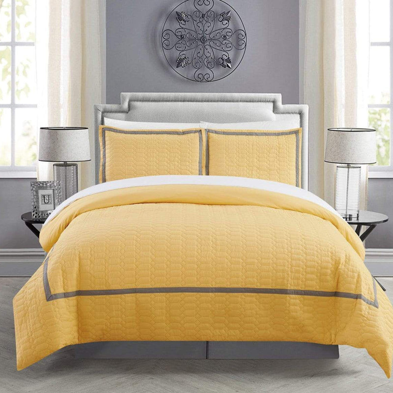 Chic Home Faige 7 Piece Duvet Cover Set Hotel Collection Zipper Closure Bed in a Bag-Yellow