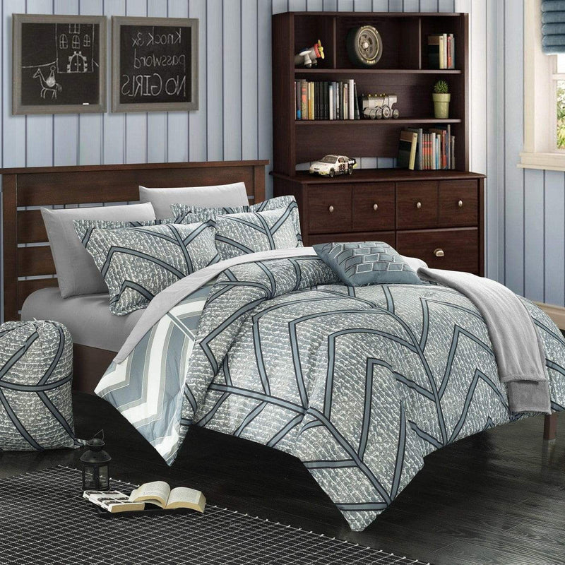 Chic Home Laredo 10 Piece Reversible Comforter Set Geometric Chevron Print Bed in a Bag-Grey