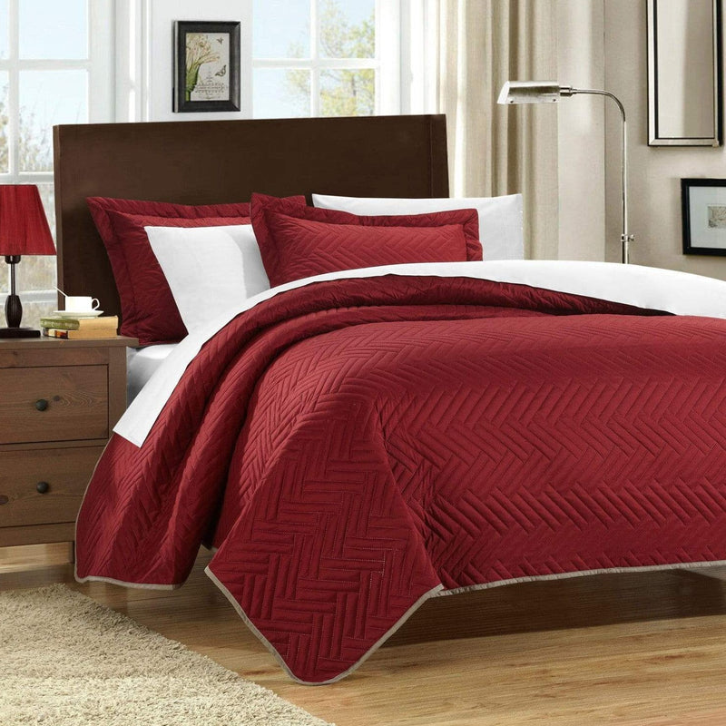 Chic Home Palermo Portobello Pisa Cupertino Mateo Mateo Verona 3 Piece Quilt Cover Set Reversible Two Color Chevron Pattern Bedding Red