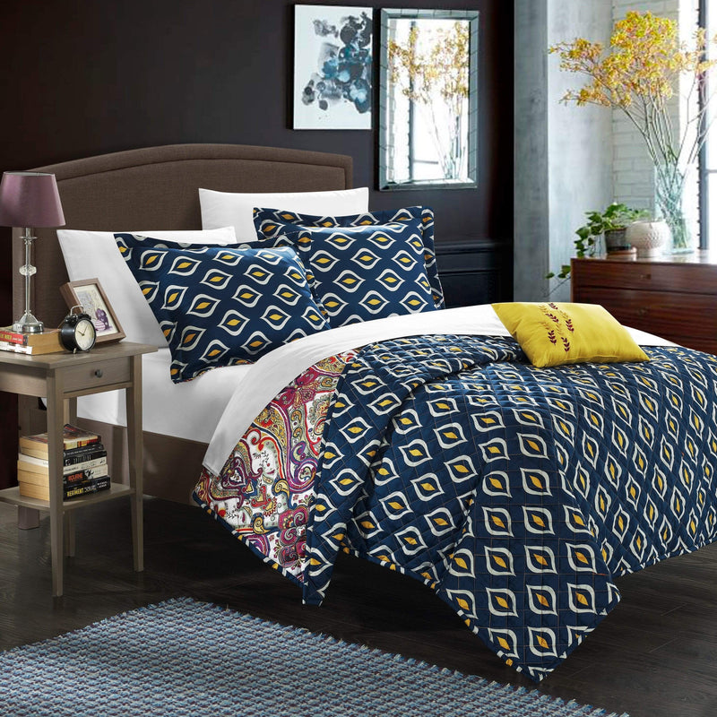 Chic Home Vedara 4 Piece Quilt Cover Set Reversible Paisley Print Geometric Pattern Bedding-