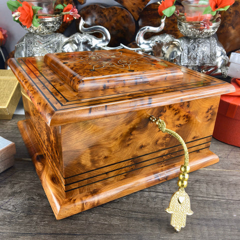 Keepsake Engraved Jewelry organizer burl wood Box, Decorative Lockable Gift box For Her