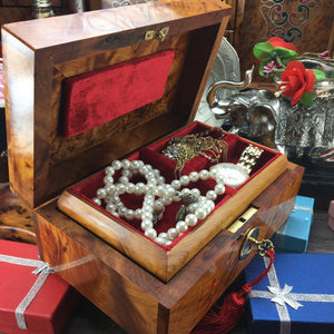 Decorative storage engraved wood box, thuya burl wooden jewelry box with red velvet lining inside, jewelry holder, birthday gift box for her