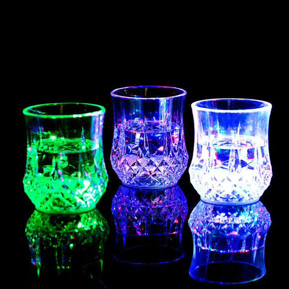 New Hot Sale LED Flash Light Whisky Shot Drink Glass Cup flashing Beer Bar Party Wedding Club wedding decoration Gift