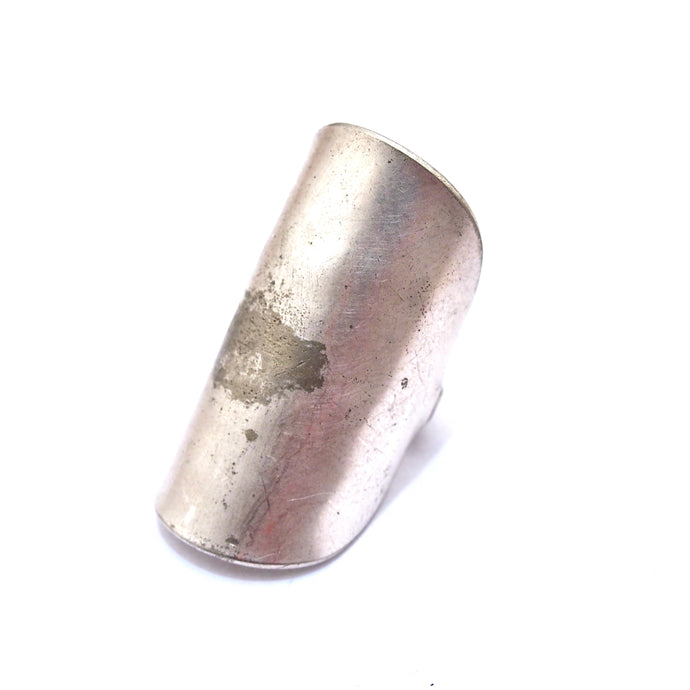 Dora Shield Ring
