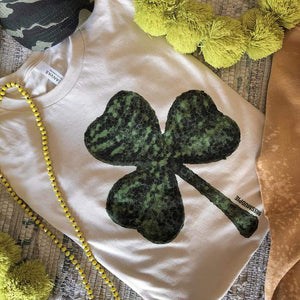 GREEN Glitter Clover - On Cream