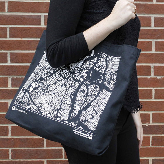 City Map Tote Los Angeles on Model