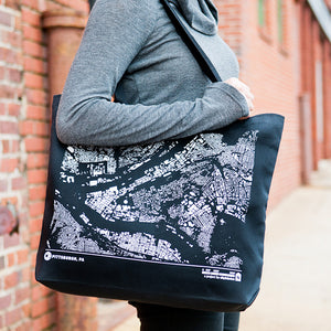 City Map Tote Pittsburgh on Model