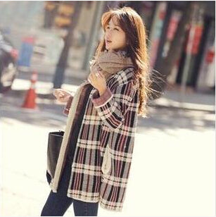 Women's round neck Plaid Sweater