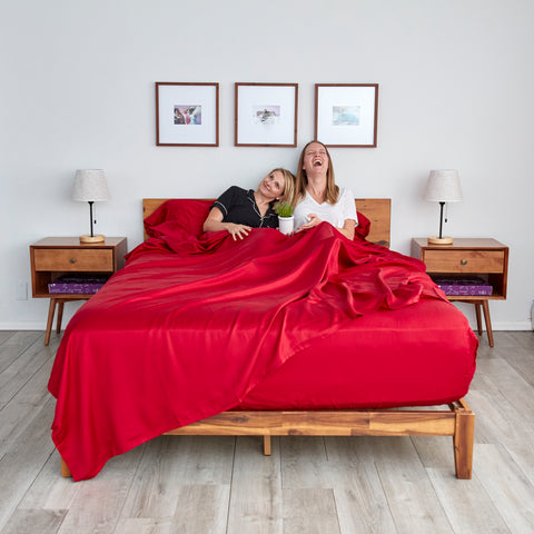Meet our red 100% eucalyptus sheets