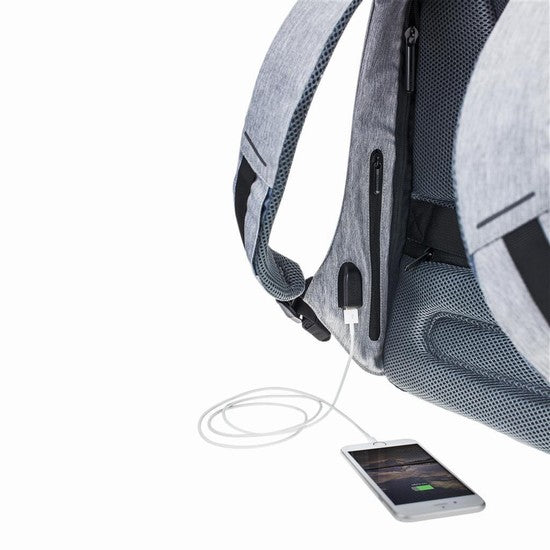 Mochila Bobby anti theft backpack gris usb para cargar celular