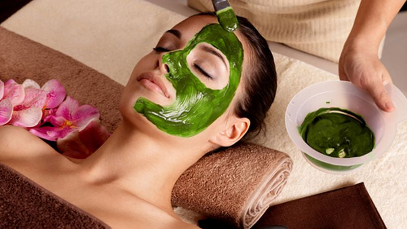 spirulina on the skin