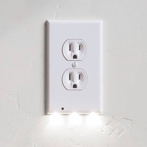Light The Way Guidelight - Outlet Wall Plate With LED Night Lights - No Batteries Or Wires - Installs In Seconds - (Duplex, White)