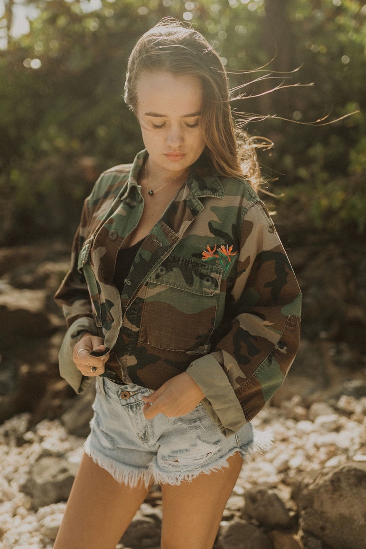 VINTAGE EMBROIDERED ARMY JACKET