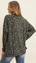 Load image into Gallery viewer, Leopard V-neck Sweater