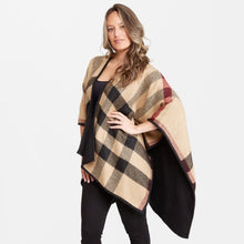 Load image into Gallery viewer, Women's Plaid Ruana.