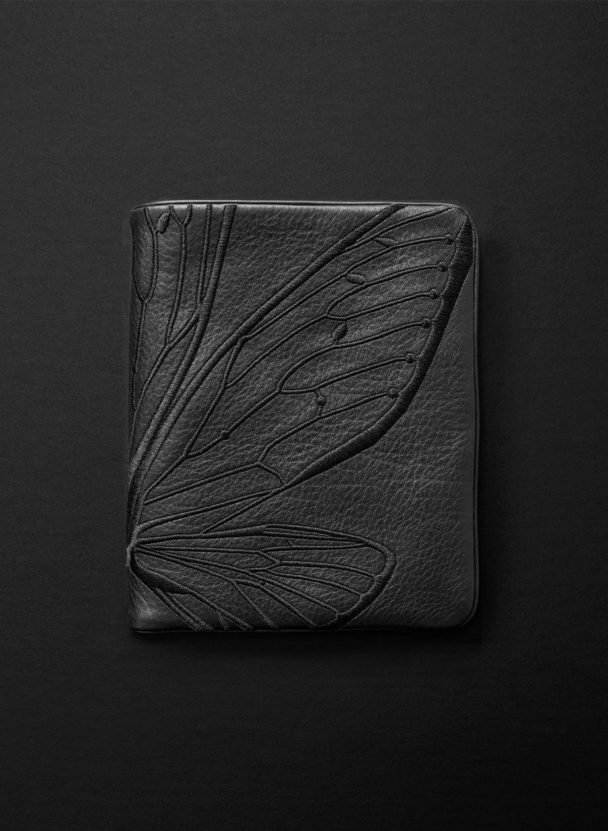 Papillon Squire Wallet - Licorice/Carmen