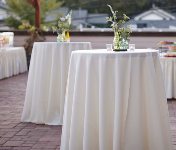 Round Cocktail Tablecloth In White Or Ivory 120 Inches