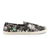 Sanuk Womens Pair O Dice Prints Shoe