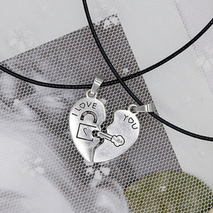 products/2-PCs-Set-Couple-Necklace-for-Women-and-Men-Silver-Two-Pieces-Heart-Pendant-Paired-Necklace_20ae0ede-c220-48d1-8a80-d1ff7004beea.jpg