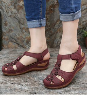Woman Soft Bottom Platform Sandals