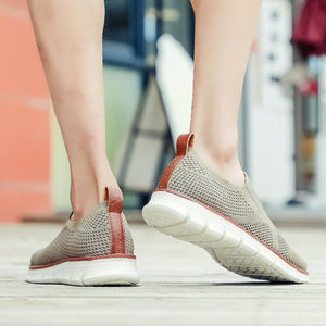 Fashion Hollow Breathable Knitted Shoes