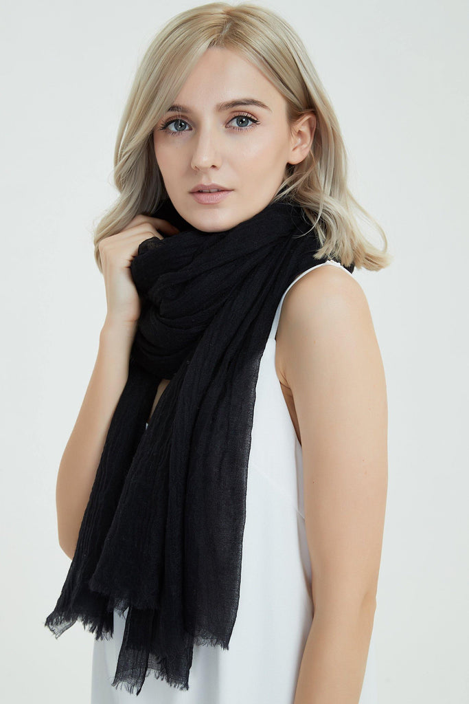 100% Cashmere Featherlight Scarf - Black