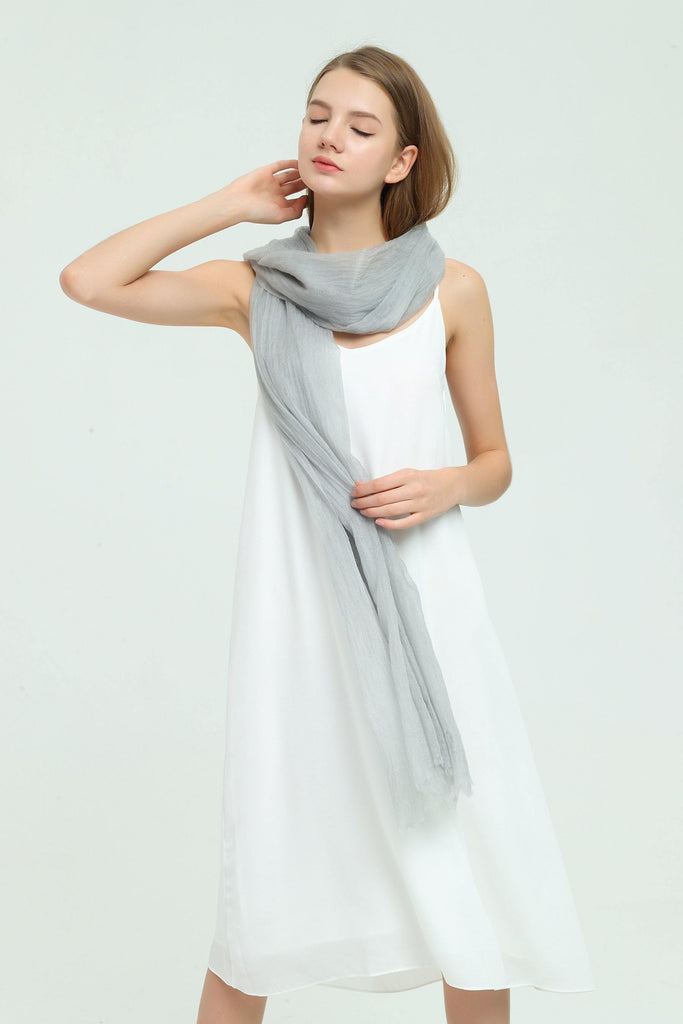 100% Cashmere Featherlight Scarf - Light Gray