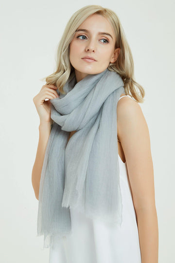 100% Cashmere Featherlight Scarf - Light Gray - MINIMO