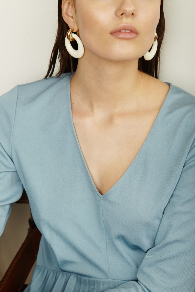 Constance Earrings in White