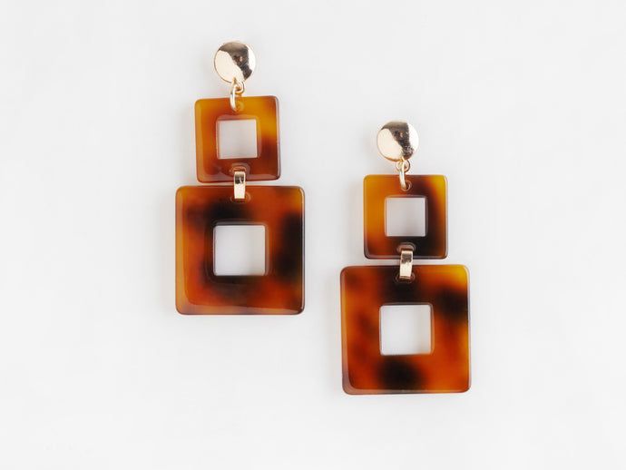 Toucan Earrings in Tortoiseshell