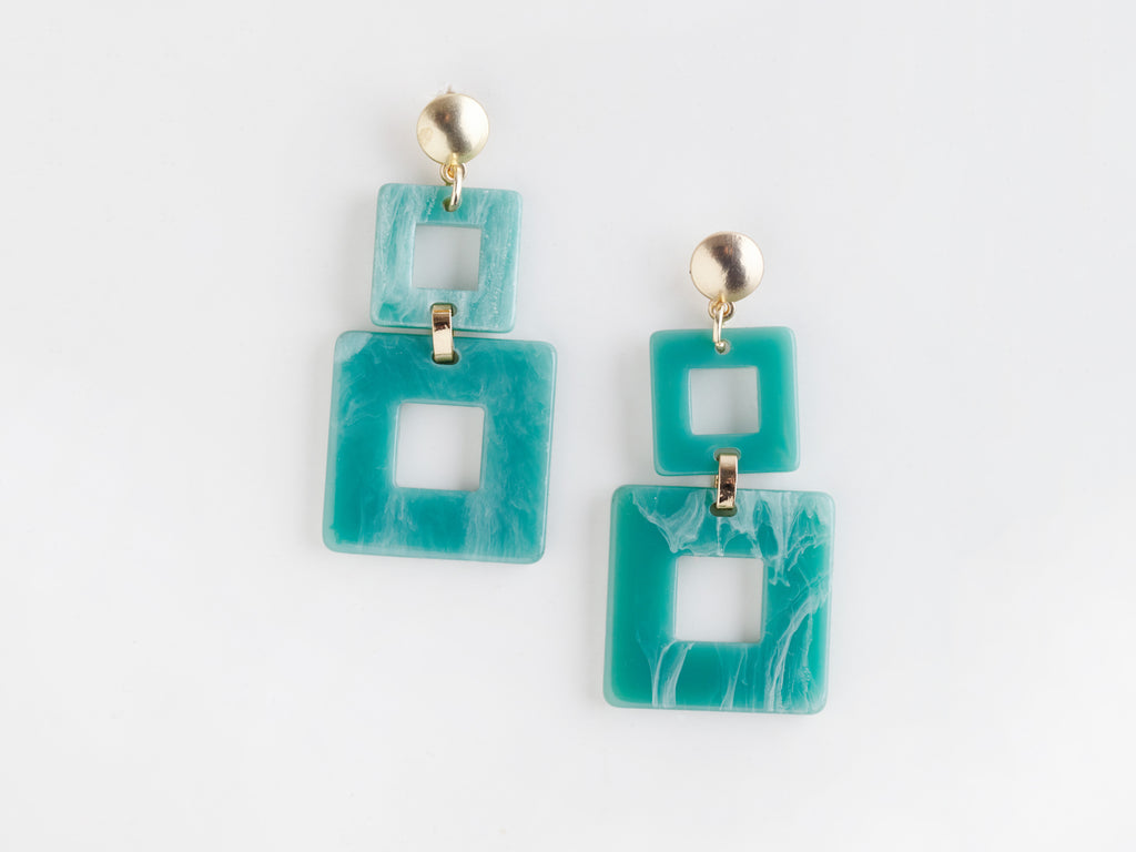 Toucan Earrings in Aqua